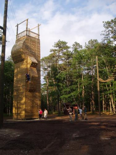 Climbing-walls, Towers, Bouldering