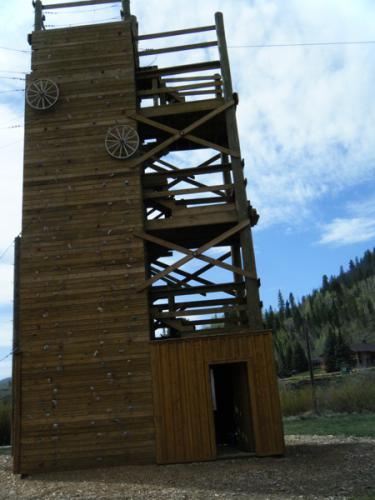 custom-climbing-wall-2